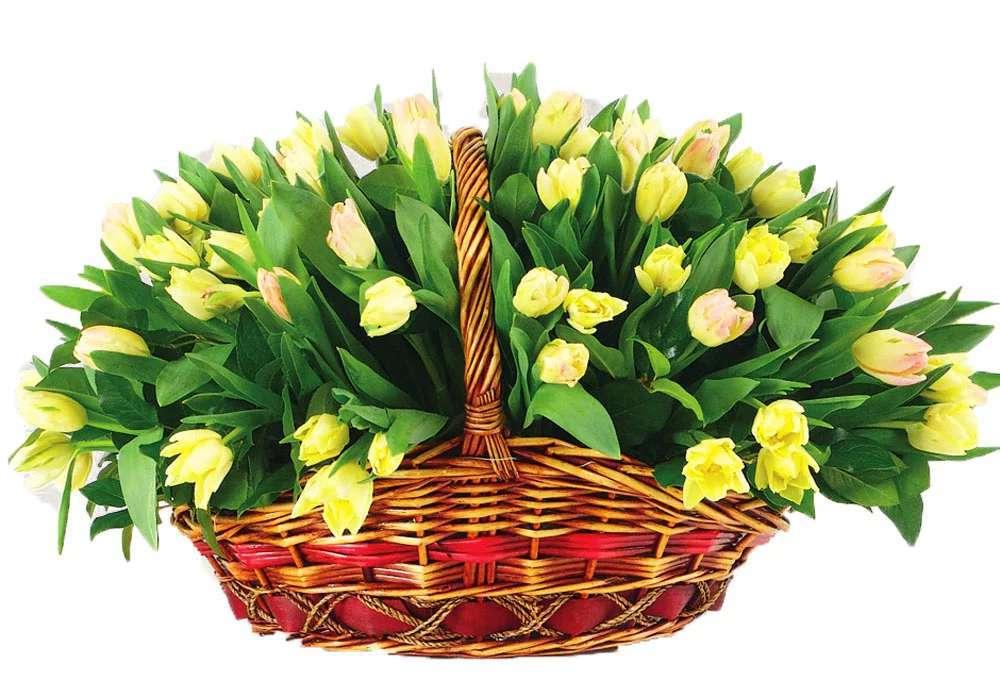 три минуты восьмое марта открытки корзина цветов ведь время отпуска
